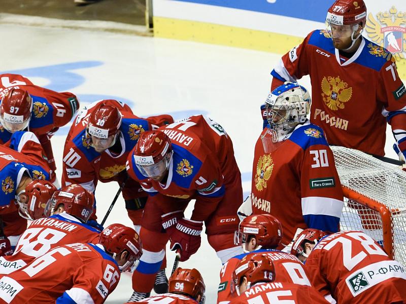Сборная России во время матча Еврохоккейтура